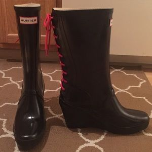 Hunter Lace up boots SZ 9